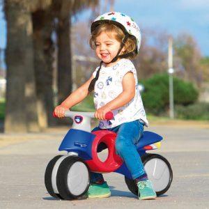 Motos correpasillos y triciclos